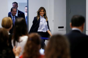 Η Μελάνια Τραμπ καταγγέλλει το bullying στα social media