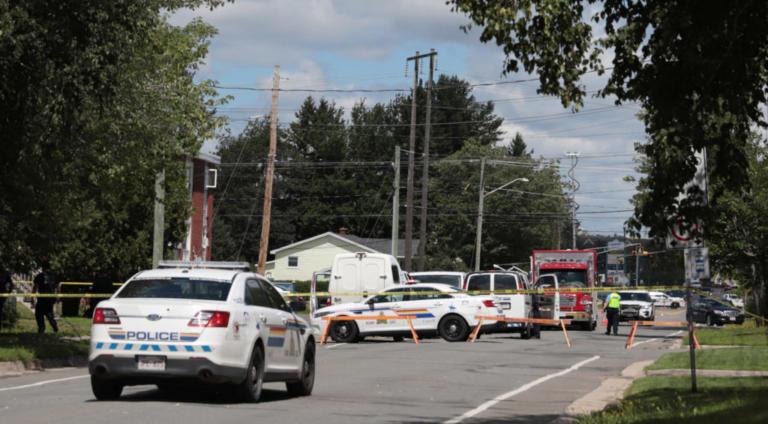 Πυροβολισμοί στο Ντένβερ του Κολοράντο – Μία γυναίκα νεκρή – Αρκετοί τραυματίες | Newsit.gr