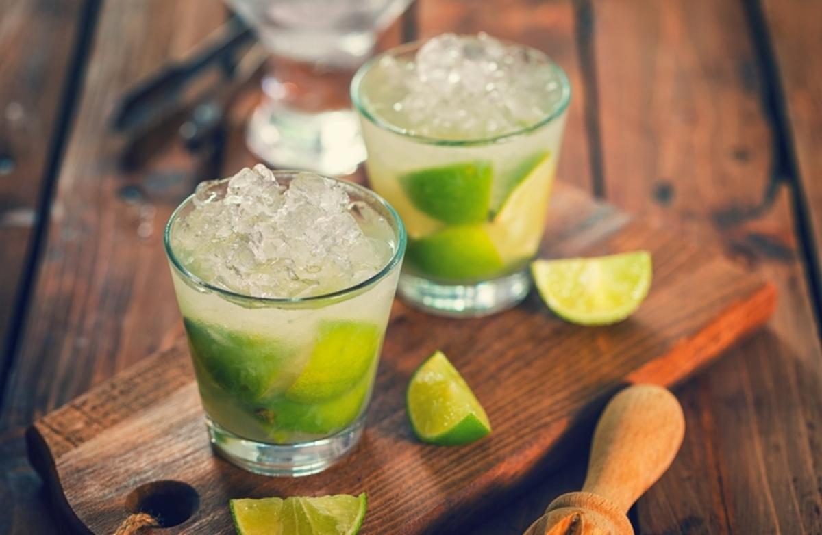 Νοθευμένα ποτά: Πώς να αναγνωρίσετε τις «μπόμπες» | Newsit.gr