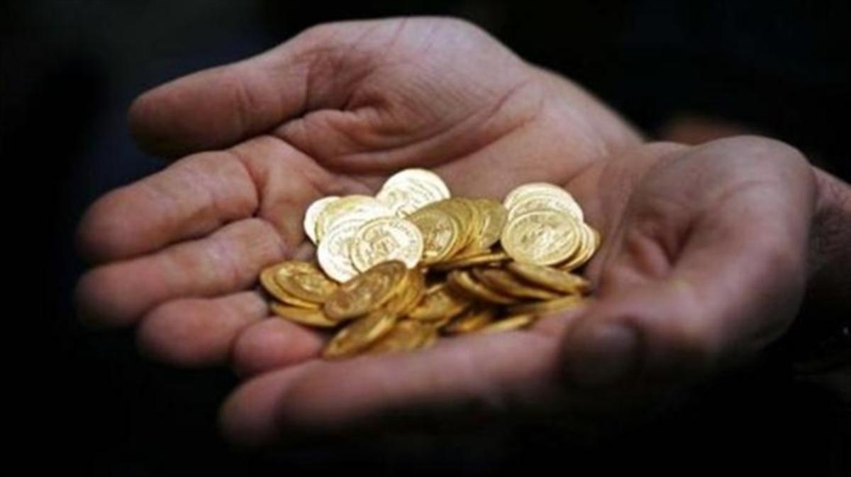Πανικός για τον θησαυρό! Ζαλίζουν οι χρυσές λίρες – Ζήτησε βοήθεια η κληρονόμος! | Newsit.gr