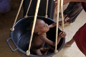 Στοιχεία σοκ: Πέντε εκατομμύρια παιδιά θύματα των συγκρούσεων στην Αφρική