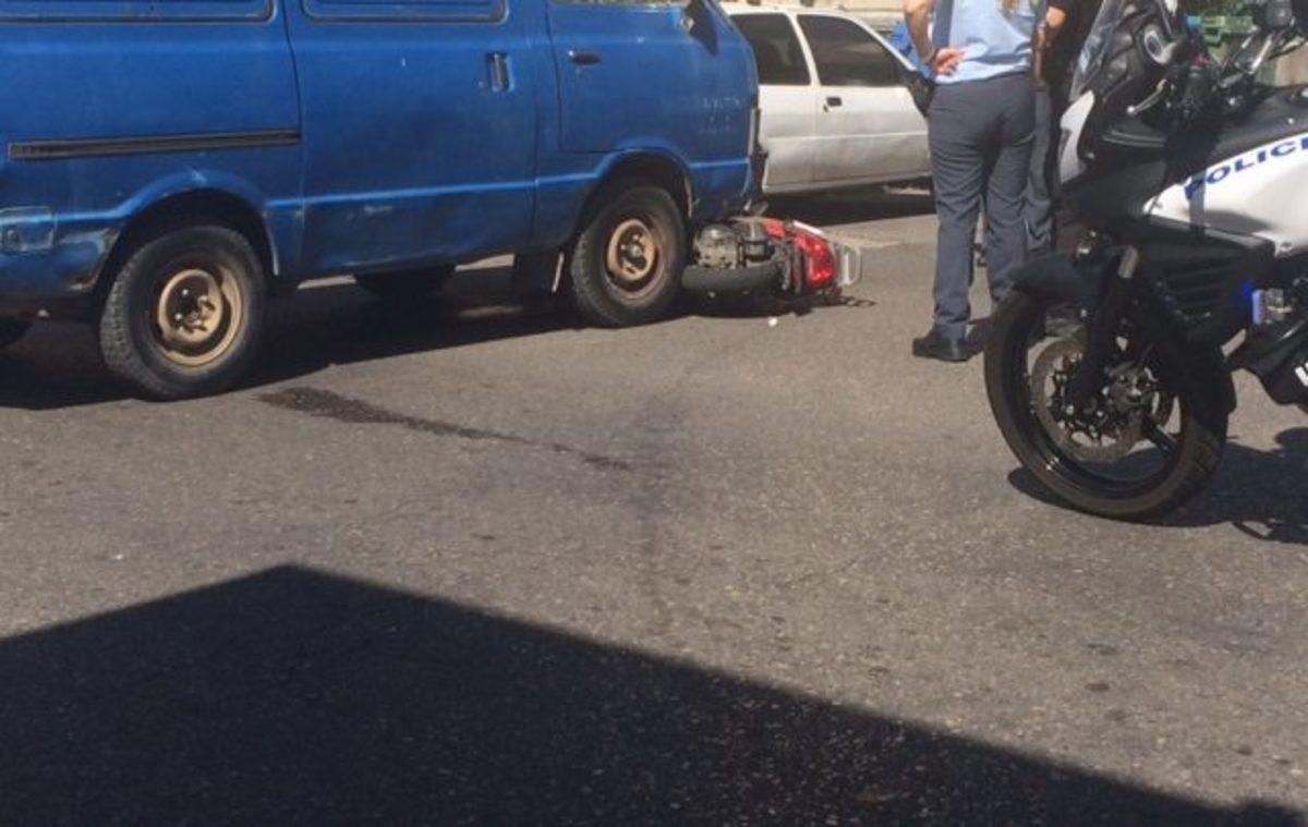 Αγρίνιο: Το λάθος του οδηγού ήταν αδύνατο να διορθωθεί – Η στιγμή που θα θυμούνται για πάντα! | Newsit.gr