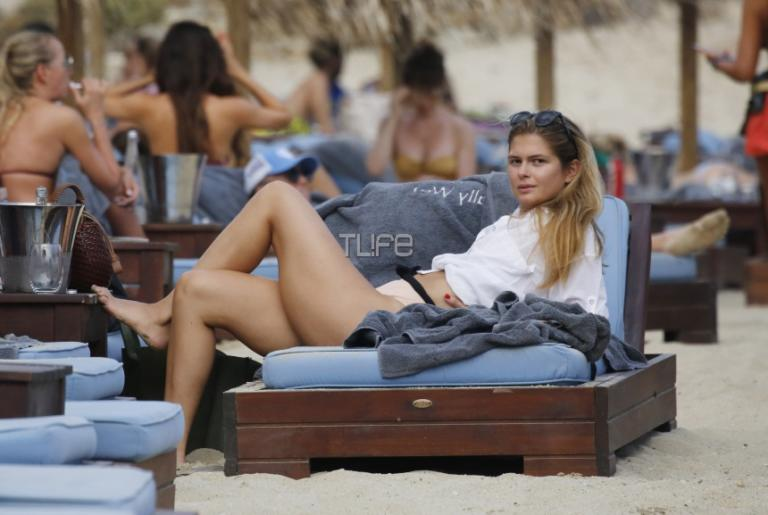 Αμαλία Κωστοπούλου: Απολαμβάνει τις βουτιές της στο Νησί των Ανέμων! [pics] | Newsit.gr