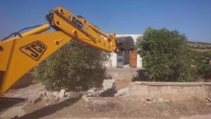 Αυθαίρετα: Άρχισε η κατεδάφιση των πρώτων 22 στην Αθηνών – Σουνίου