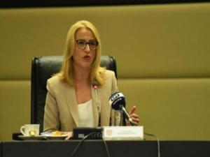Ρένα Δούρου: Η «καυστική» ανάρτηση για τον… fake θάνατο του Κώστα Γαβρά