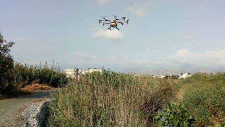 Με drone ψεκάζουν για τα κουνούπια στην Κρήτη [pics] | Newsit.gr