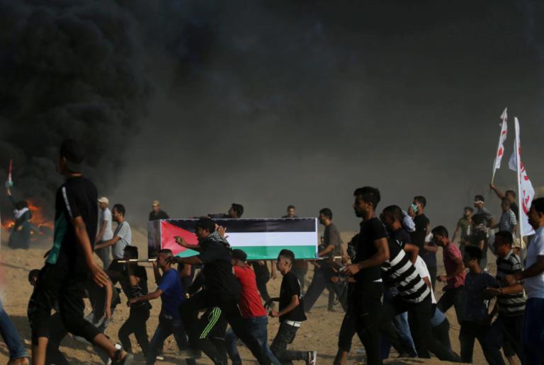 Γάζα: Νέα «σφαγή»! Ισραηλινοί στρατιώτες εκτέλεσαν έναν Παλαιστίνιο και τραυμάτισαν 220 ακόμη – video | Newsit.gr