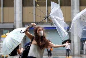 Ο τυφώνας Shanshan κατευθύνεται στις ανατολικές ακτές της Ιαπωνίας