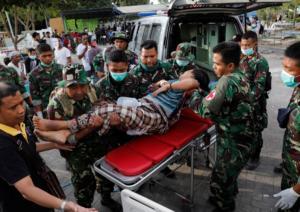 Τραγωδία δίχως τέλος: 164 οι νεκροί από τον σεισμό στην Ινδονησία