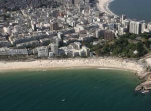 Η διάσημη παραλία που είναι από τις πιο πολυσύχναστες του κόσμου [φωτό]