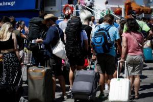 Δεκαπενταύγουστο: Αυξημένη κίνηση σε λιμάνια και Εθνική Οδό