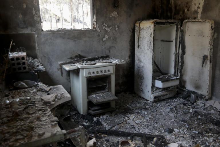 Πάνω από 3.500 οι αιτήσεις των πυρόπληκτων   Newsit.gr