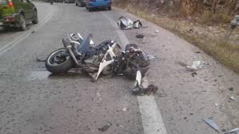 Νεκρός οδηγός μηχανής στη Ρόδο – Ξεψύχησε στις ρόδες τουριστικού λεωφορείου | Newsit.gr