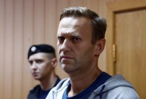 Στην φυλακή ξανά ο ηγέτης της εξωκοινοβουλευτικής αντιπολίτευσης Αλεξέι Ναβάλνι!