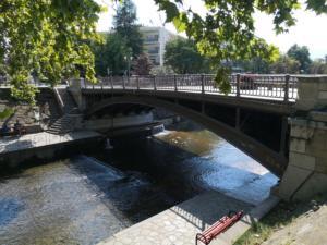 """Τρίκαλα: Η άγνωστη ιστορία της πόλης με το νεοκλασικό """"προφίλ"""""""
