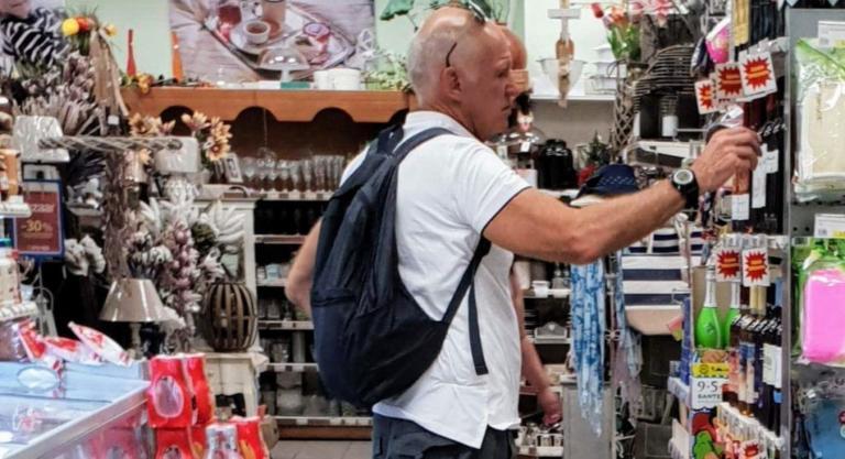 Σκιάθος: Χαλάρωση και ψώνια για τον Γιώργο Παπανδρέου – Συνεχίζονται οι διακοπές του πρώην πρωθυπουργού [pics] | Newsit.gr