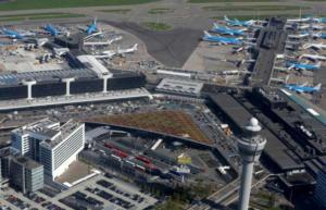 Ολλανδία: «Αλαλούμ» στο αεροδρόμιο Σίπχολ – Καθυστέρηση σε δεκάδες πτήσεις