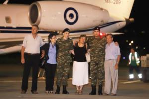 Μαξίμου: Αυτές ήταν οι ενέργειες που οδήγησαν στην απελευθέρωση των Ελλήνων στρατιωτικών
