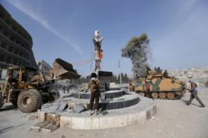 «Η Συρία έχει κάθε δικαίωμα να εκδιώξει τους τρομοκράτες από την Ιντλίμπ»