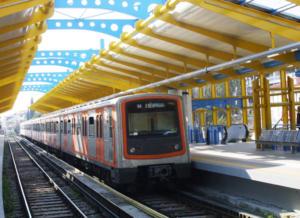 Άνθρωπος έπεσε στις γραμμές του τρένου στα Πετράλωνα