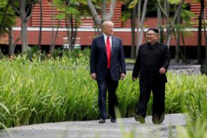 Λευκός Οίκος: Ανοιχτό το ενδεχόμενο για δεύτερη συνάντηση Τραμπ – Κιμ Γιονγκ Ουν
