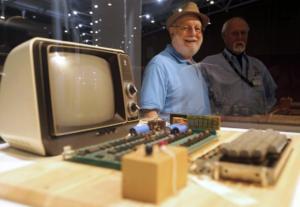Στο σφυρί ένας από τους πρώτους υπολογιστές Apple – Το αστρονομικό ποσό