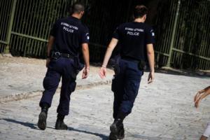 Επίθεση σε αστυνομικούς έξω από την ΔΕΘ