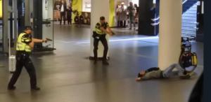 Άμστερνταμ: Τρομοκρατική ενέργεια η επίθεση με μαχαίρι σε σταθμό τρένου