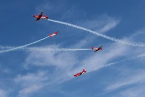 Athens Flying Week: Μοναδικό υπερθέαμα στην Τανάγρα – Αεροπλάνα σε μανούβρες που κόβουν την ανάσα! [pics] – video