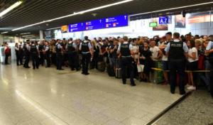 """Γερμανική Αστυνομία: """"Ποτέ δεν κάναμε καψόνια σε επιβάτες πτήσεων από την Ελλάδα"""""""