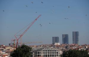 Τουρκία: Βουτιά – ρεκόρ της οικονομίας – Σταματά την παραγωγή μεγάλη αυτοκινητοβιομηχανία!