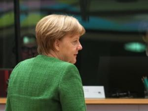 Στηρίζει Μέρκελ ο Μπρίνκχάους – Ψήφο εμπιστοσύνης ζητά η αντιπολίτευση