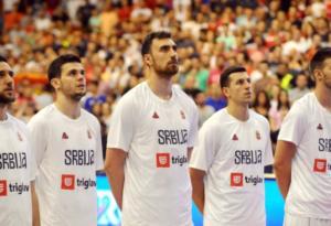 """Μιλουτίνοφ: """"Φαβορί η Σερβία απέναντι στην Ελλάδα"""""""