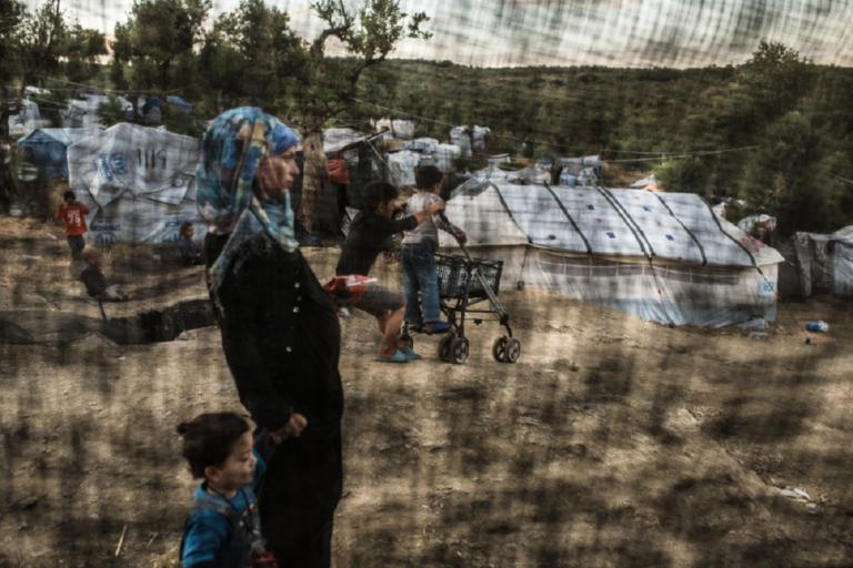 Σε κατάσταση έκτακτης ανάγκης ο καταυλισμός στη Μόρια λένε οι Γιατροί Χωρίς Σύνορα | Newsit.gr