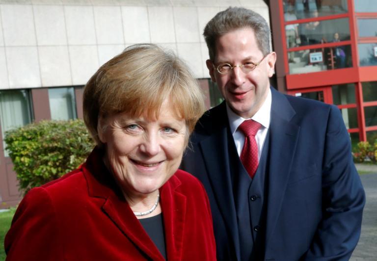 Η Μέρκελ καρατόμησε τον αρχηγό των μυστικών υπηρεσιών και τον έκανε υφυπουργό