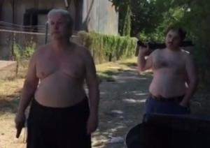 Πυροβόλησε και σκότωσε το γείτονά του μετά από καβγά μπροστά στην κάμερα! Σκληρές εικόνες – video