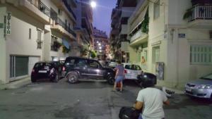 Πάτρα: Τρελή πορεία τζιπ που πήρε σβάρνα 5 αυτοκίνητα! [pics]