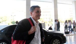 Επιστρέφει σήμερα η τρόικα στην Αθήνα – Αφήνει το Hilton και κάνει επισκέψεις στα υπουργεία