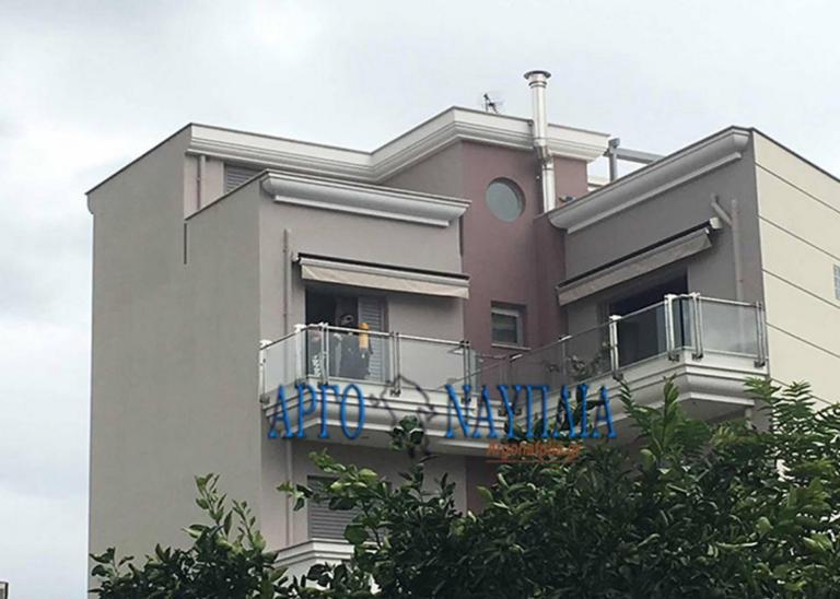 Άργος: Σκότωσε την 10χρονη αδερφή του και αυτοκτόνησε – Συγκλονίζει το οικογενειακό δράμα στο φλεγόμενο διαμέρισμα – video | Newsit.gr