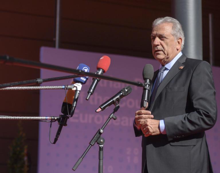 Αβραμόπουλος: «Οφείλουμε να εργασθούμε για ένα μέλλον ευημερίας για τις δυο πλευρές της Μεσογείου» | Newsit.gr