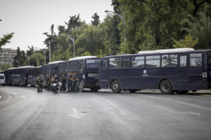 «Μπλόκο» της αστυνομίας στους οπαδούς του Άρη! Στο δρόμο για το ματς στα Γιάννινα