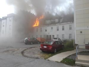 Τρόμος στη Βοστώνη! Εκρήξεις λόγω διαρροής αερίου, κάηκαν σπίτια! video