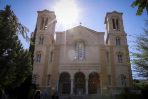 Ο Ρουβίκωνας πίσω από την εισβολή στον Ιερό Ναό Αγίου Νικολάου στο κέντρο της Αθήνας