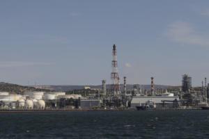 Ρεκόρ κερδών για τα Ελληνικά Πετρέλαια