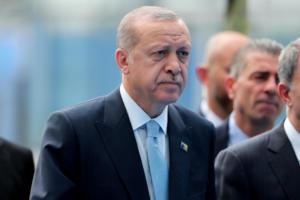 """""""Ζαχαρώνει"""" το μερίδιο των Κεμαλιστών στην Isbank ο Ερντογάν – Διαταγή στις δικαστικές αρχές να… ερευνήσουν"""