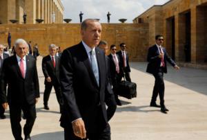 Που ποντάρει ο Ερντογάν για να γλιτώσει τον οικονομικό όλεθρο και το ΔΝΤ