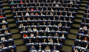 ΚΚΕ: Απαράδεκτο και προσβλητικό ψήφισμα της Ευρωβουλής για την φωτιά στο Μάτι – Αρνούνται να ενισχύσουν τους πληγέντες