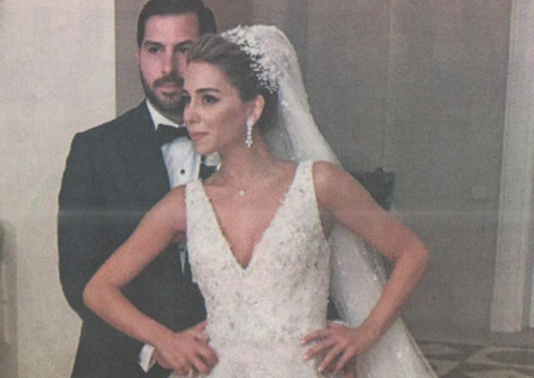 H «βασίλισσα των κλιματιστικών» παντρεύτηκε στο σαλόνι της έπαυλής της | Newsit.gr