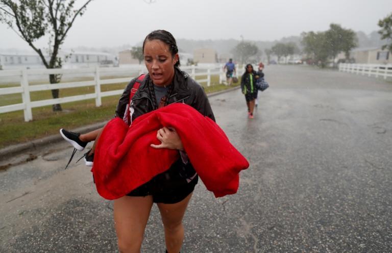 Κυκλώνας Φλόρενς ο «φονιάς»! 13 νεκροί – «Μνημειώδεις ποσότητες βροχής»! video, pics | Newsit.gr