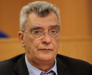"""Λέσβος: Αποχωρεί με αιχμές ο δήμαρχος Σπύρος Γαληνός – """"Δεν αντέχω τις βάρβαρες επιθέσεις στο πρόσωπό μου""""!"""